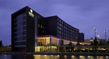 Park-plaza-hotel-amsterdam-schiphol