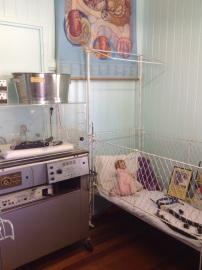 3.1476872298.babykamer-met-couveuse-in-het-museum