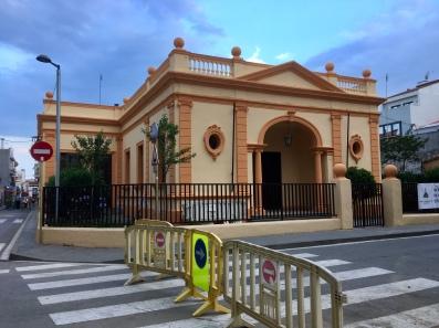 Een van de weinige mooie gebouwen in Pineda del Mar