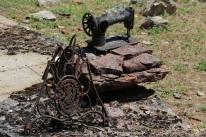 Overblijfselen van een naaimachine