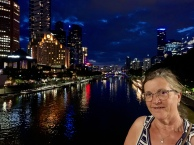 Margareth op de Princes Bridge