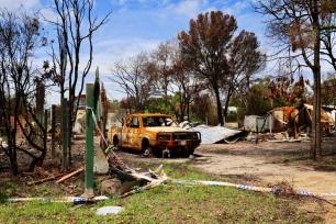Uitgebrande auto en woning in Mallacoota