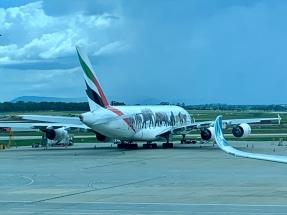 Vliegtuig met wilde dieren erop op Melbourne Airport