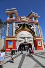 De ingang van het Luna Park