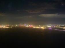 Uitzicht net voor de landing in Hongkong